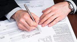 חתימה חתימת הסכם משכנתא משכנתה חותם חוזה , צילום: shutterstock