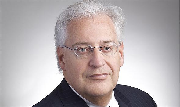 שגריר ארצות הברית בישראל דיוויד פרידמן. השקיע 730 אלף דולר ביקב