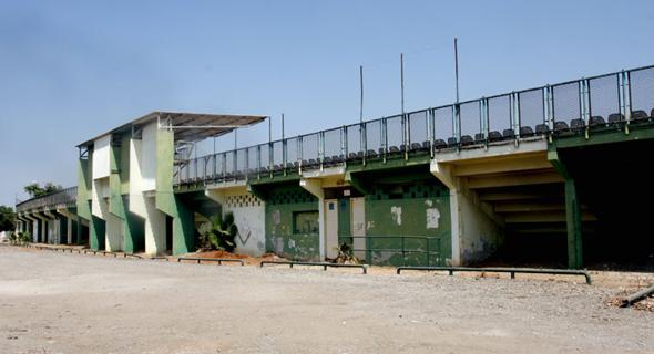 האיצטדיון הישן של מכבי יפו, צילום: רונן מחלב