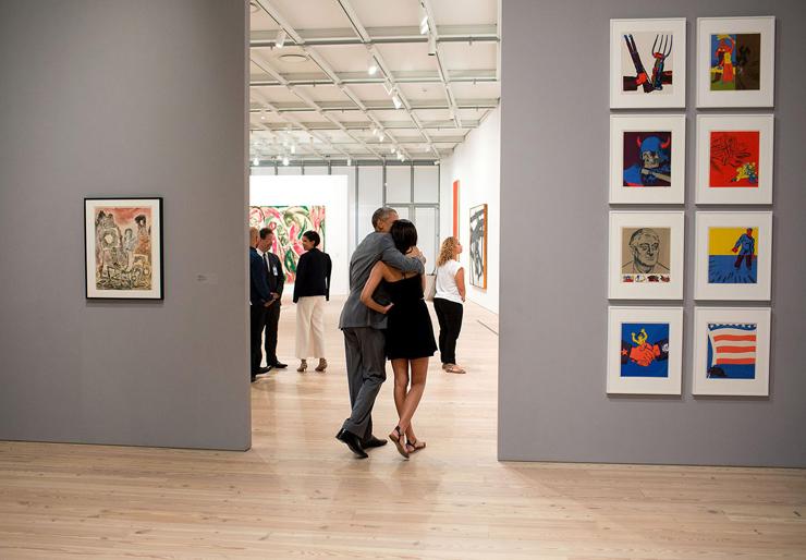 יולי 2015. הנשיא מבקר עם בתו מאליה במוזיאון וויטני בני יורק