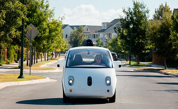 """על מכוניות אוטונומיות: """"הצורך בעיבוד מידע וקבלת החלטות בזמן אמת בלי להמתין להוראות מהענן דורש כוח עיבוד שעדיין לא זמין לנו היום"""""""
