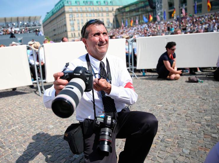 וזהו האיש שצילם את כל התמונות האלה - פיט סוזה הצלם הרשמי של הבית הלבן ב-8 בשנים האחרונות