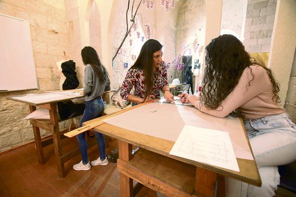 האקדמיה ללימודי אופנה בנצרת. פתיחת מוסדות חינוך ומכללות בצפון ובדרום הביאה לזינוק במספר הסטודנטים במגזר
