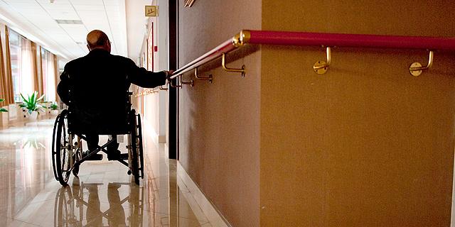 רשות המסים תחזיר 12 אלף שקל ליבואנית מתקני הרמה לכיסאות גלגלים