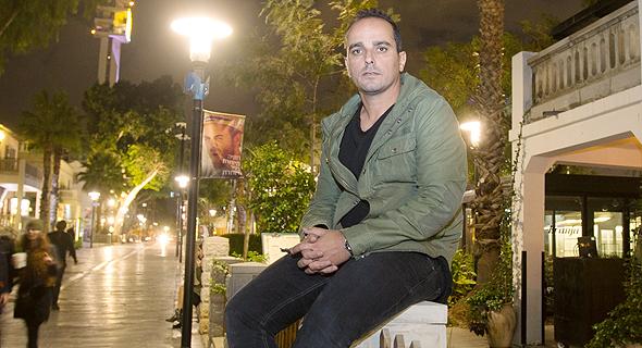 הראל בלו מסעדן במסעדת ברנז'ה מתחם שרונה תל אביב פנאי, צילום: נמרוד גליקמן