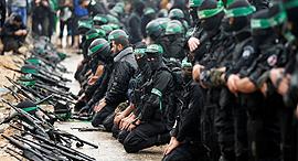 מוסף שבועי 5.1.17 חמאס הרשות הפלסטינית, צילום: רויטרס