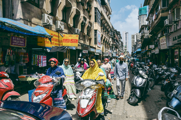 רחובות מומבאי. ישמשו תפאורה לסדרה החדשה של נטפליקס