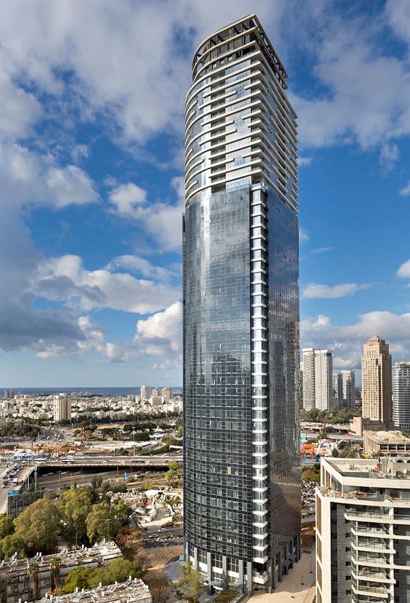 מגדל השחר בגבעתיים. 57 קומות