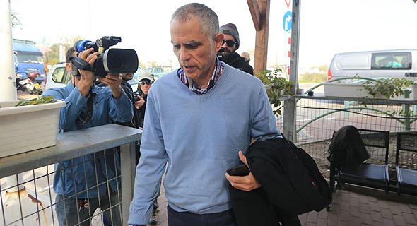 ארנון מוזס, הבוקר בכניסה ללהב 443, צילום: ירון ברנר