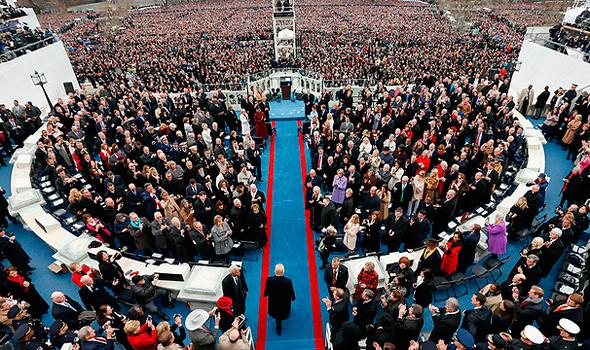 אלפים בטקס ההשבעה, צילום: איי פי