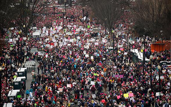 """הפגנה נגד דונלד טראמפ ב וושינגטון ארה""""ב, צילומים: רויטרס"""