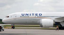 מטוס של חברת תעופה יונייטד איירליינס, צילום: בלומברג