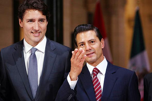 """מימין: נשיא מקסיקו אנריקה פניה נייטו ור""""מ קנדה ג'סטין טרודו"""
