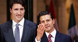 """מימין נשיא מקסיקו אנריקה פניה נייטו ור""""מ קנדה ג'סטין טרודו, צילום: בלומברג"""
