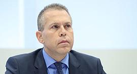השר לביטחון פנים גלעד ארדן מסיבת עיתונאים אי הפללה שימוש ב קנביס, צילום: מוטי קמחי