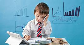 ילדים השקעה בורסה חיסכון מניות, צילום: שאטרסטוק