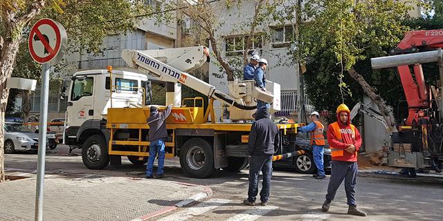 עובדי חברת החשמל (ארכיון), צילום: דוד הכהן