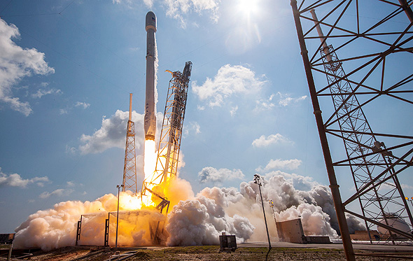 """שיגור טיל של SpaceX. """"אסון קולומביה היה הרסני"""" , צילום: spaceX"""