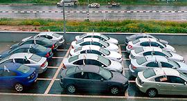 מגרש מכוניות רכבים של שלמה סיקסט , צילום: יריב כץ