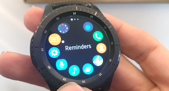 סמסונג Gear S3 שעון חכם, צילום: עומר כביר