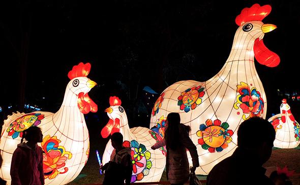 חגיגות שנת התרנגול בסין. עליות מחירים בוול מארט
