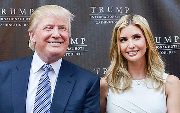 דונלד טראמפ ו איוונקה טראמפ טקס הנחת אבן הפינה מלון טראמפ אינטרנשיונל וושינגטון, צילום: גטי אימג'ס