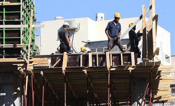 בניית דירות חדשות. שוק של ביקושים כבושים