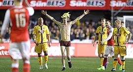 אוהד סאטון יונייטד ארסנל גביע אנגלי, צילום: איי פי