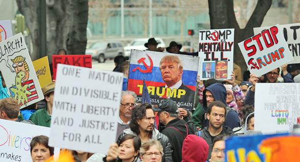 הפגנה נגד טראמפ בלוס אנג