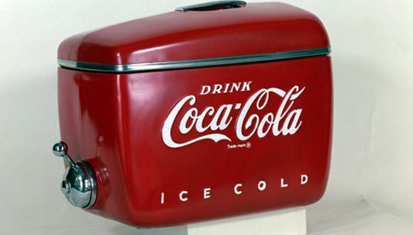 מכשיר מוצר קוקה קולה בעיצובו של ריימונד לואי