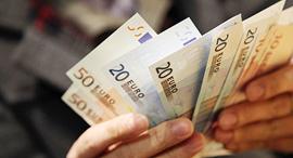 יורו אירו כסף שטר שטרות אירופה מטבע חוץ, צילום: בלומברג