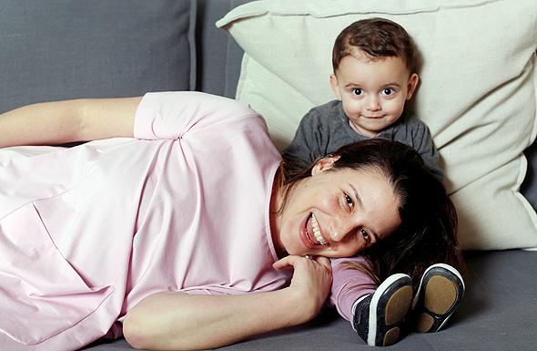 מורן לונדון עם בנה איתי, צילום: עמית שעל