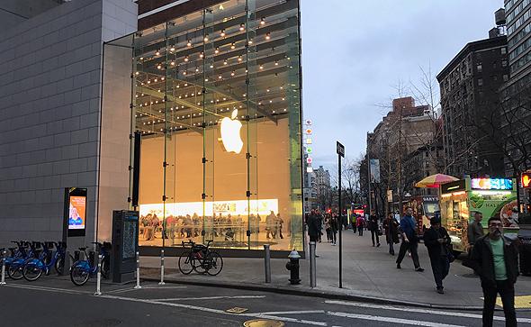 חנות אפל ניו יורק, צילום: גבי קסלר