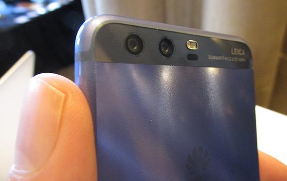 וואווי P10 סמארטפון תערוכת המובייל MWC ברצלונה 5, צילום: עומר כביר