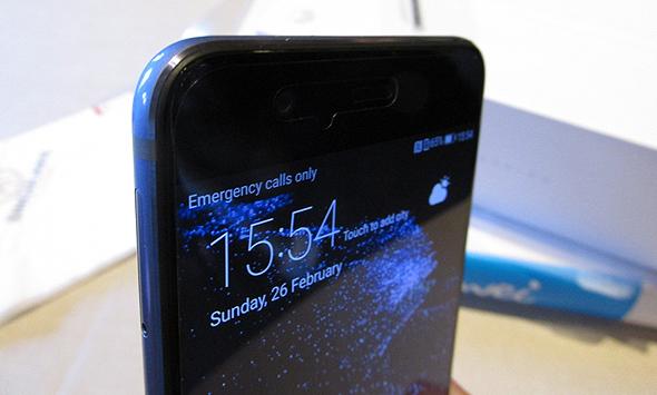 וואווי P10 סמארטפון תערוכת המובייל MWC ברצלונה 6, צילום: עומר כביר
