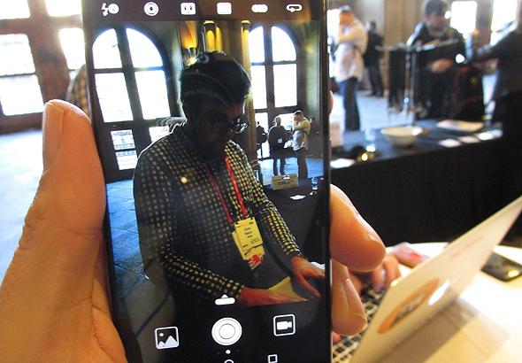 וואווי P10 סמארטפון תערוכת המובייל MWC ברצלונה 7, צילום: עומר כביר