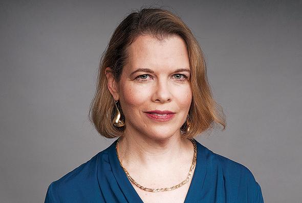 """פרופ' רות הלפרין־קדרי: """"מחקרים מראים שבתוך שלוש־ארבע שנים גם הסכם משמורת שוויוני גולש בחזרה לדפוסים המסורתיים של אם משמורנית יחידה, אלא שכעת היא לא מקבלת דמי מזונות"""""""