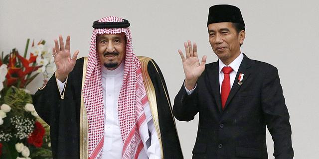 """אלף מלווים, שתי מעליות ניידות ו-460 טונות מטען - כך נוסע מלך סעודיה לחו""""ל"""