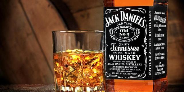 בעלי רשת ויקטורי אייל רביד מרחיב את היבוא המקביל בתחום האלכוהול