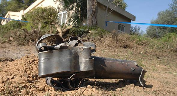 שרידי טיל קסאם בקיבוץ מגן (ארכיון)