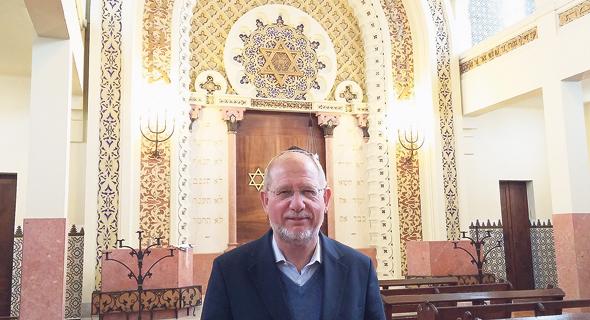 """ראש הקהילה היהודית בפורטו מיכאל רות'וול.  """"הטענות נגדנו נאמרות מקנאה"""""""