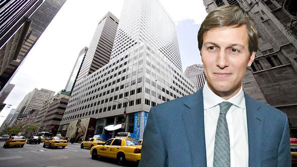 ג'ארד קושנר על רקע הבניין