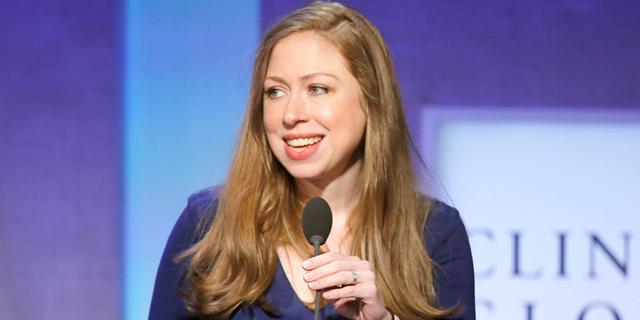 הג'וב החדש של צ'לסי קלינטון: דירקטורית בחברת אקספדיה