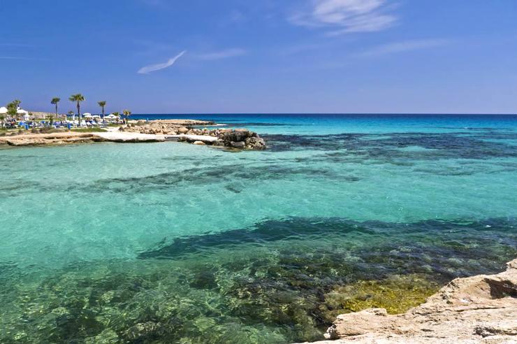 חוף איה נאפה