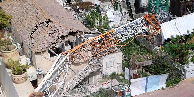 ההפקרות באתרי הבנייה נמשכת: פועל נהרג בבסיס קציעות