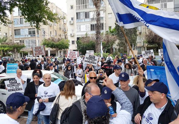 הפגנה רשות השידור בית ההסתדרות, צילום: עוזי בלומר