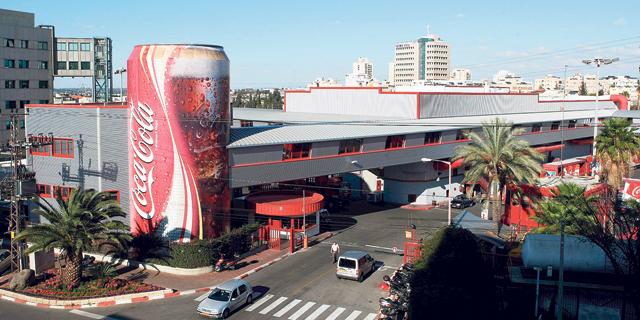 מפעל קוקה קולה, צילום: עמית שעל