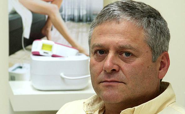 """ד""""ר אמיר וולדמן, החשוד בשימוש במידע פנים בפרשה"""