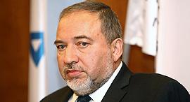 שר הביטחון אביגדור ליברמן, צילום: אוראל כהן