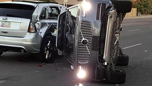 התאונה שבה היה מעורב רכב אוטונומי של אובר, צילום: רויטרס